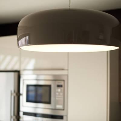 Luminaire de cuisine par Osez Décorer, Christel Dubois, Décoratrice UFDI à Reims 51