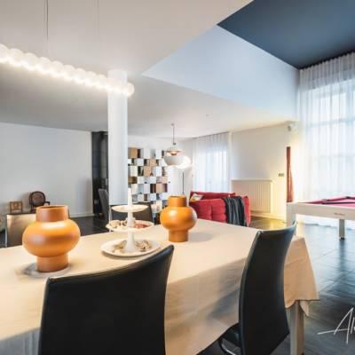 Décoration intérieure : une salle à manger lumineuse